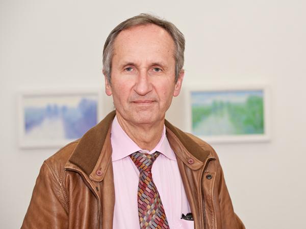 Beisitzer: Dr. Christoph Chylarecki
